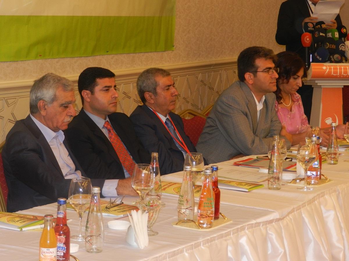 kürdistan birlik ve çözüm konferansı 07