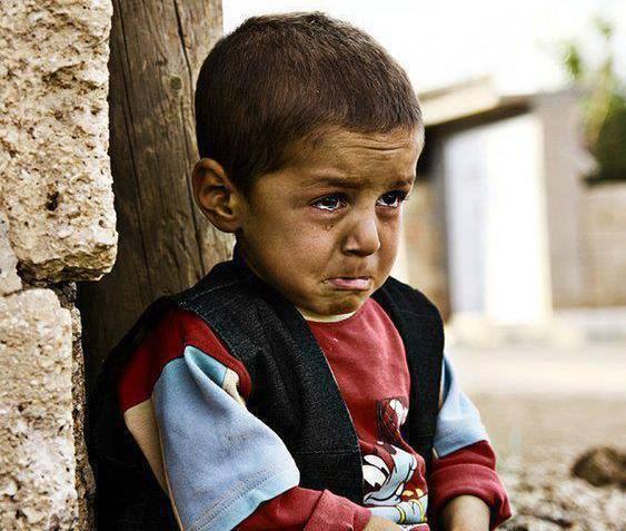 foto ağlayan çocuk