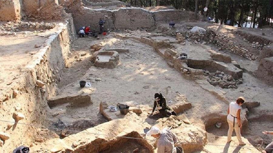 Mersin'de 7000 Yıllık Kale Duvarı Ortaya Çıkarıldı